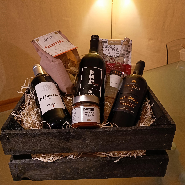 »Rotweinreise durch Europa« in der Holzkiste